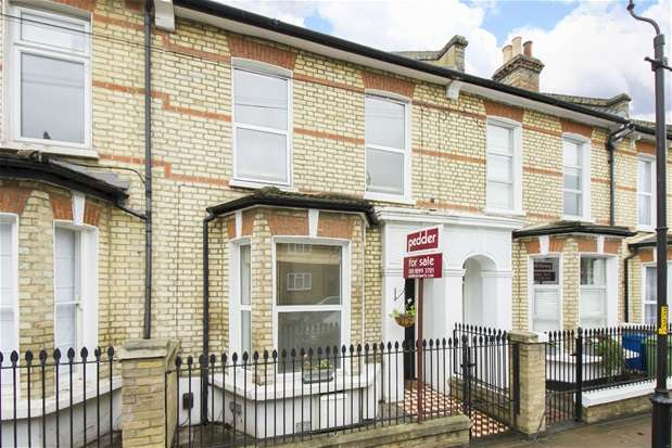 2 Bedrooms Flat for sale in Maxted Road, Peckham Rye