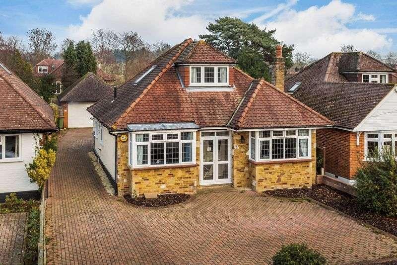 3 Bedrooms Detached House for sale in Brockham Village