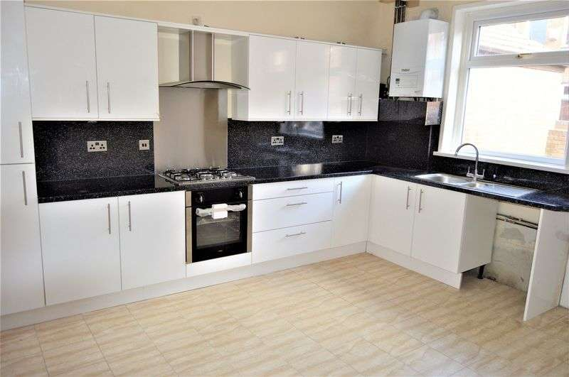 2 Bedrooms Terraced House for sale in Colley Street, Rochdale