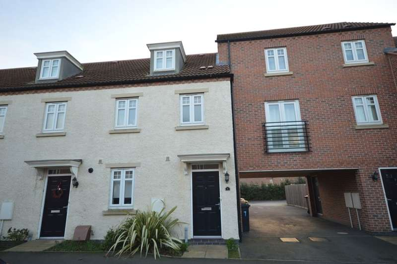 3 Bedrooms Property for sale in Severus Crescent, North Hykeham, Lincoln, LN6