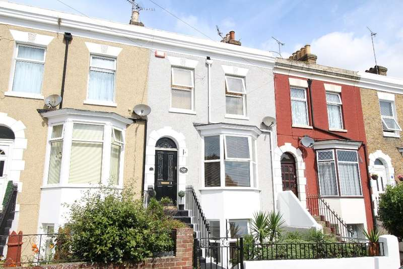 3 Bedrooms Property for sale in Willsons Road, Ramsgate, CT11