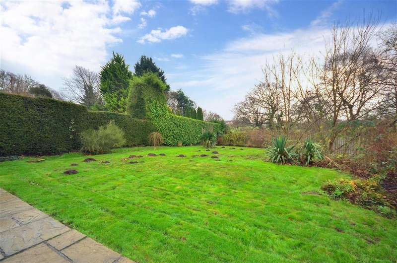 2 Bedrooms Bungalow for sale in Forest Road, Winford, Sandown, Isle of Wight