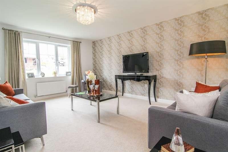 4 Bedrooms Detached House for sale in Valley View, Cefn Hengoed, Hengoed