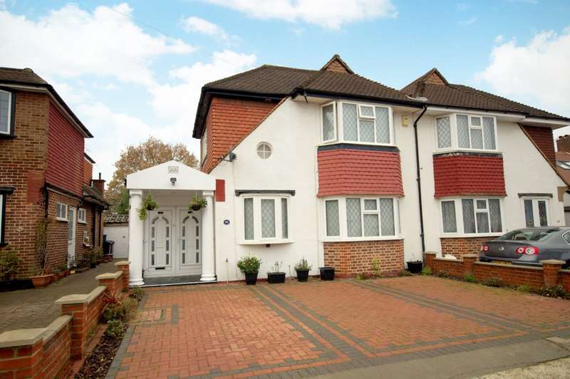 5 Bedrooms Semi Detached House for sale in Painters Estate
