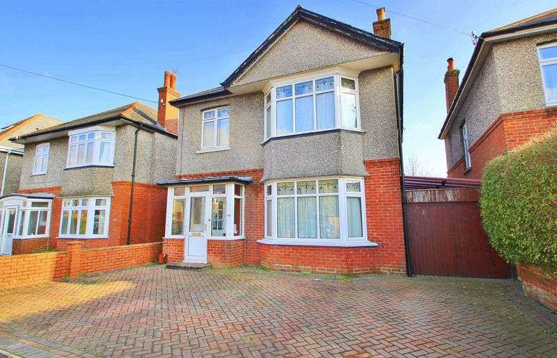 5 Bedrooms Detached House for rent in Winton, Bournemouth