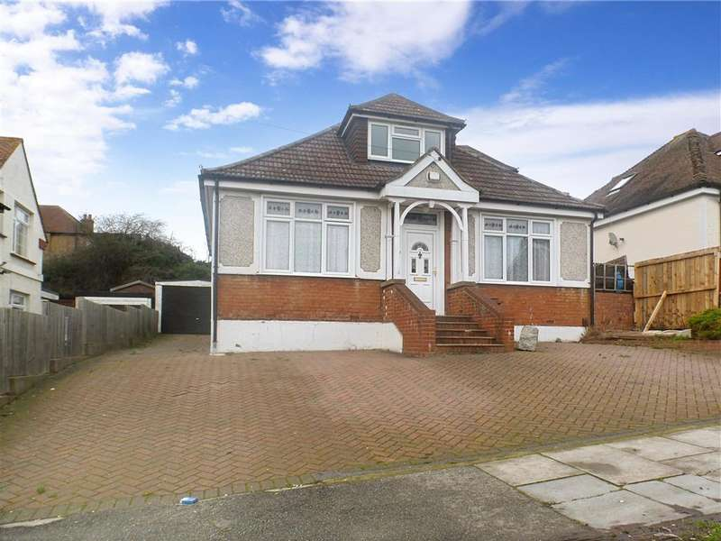 4 Bedrooms Bungalow for sale in Ravenswood Avenue, Frindsbury, Rochester, Kent
