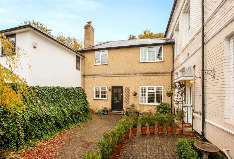 3 Bedrooms Terraced House for sale in Altmore, Cherry Garden Lane, Maidenhead, Berkshire, SL6