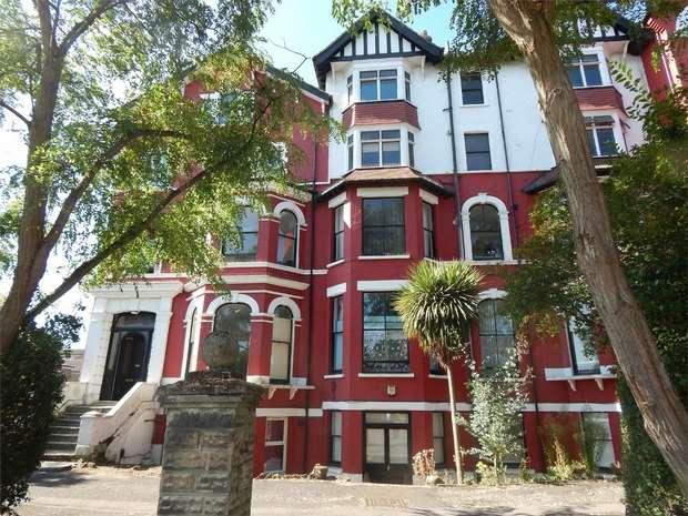 1 Bedroom Flat for sale in Ellesmere Court, Seymour Villas, Anerley, London