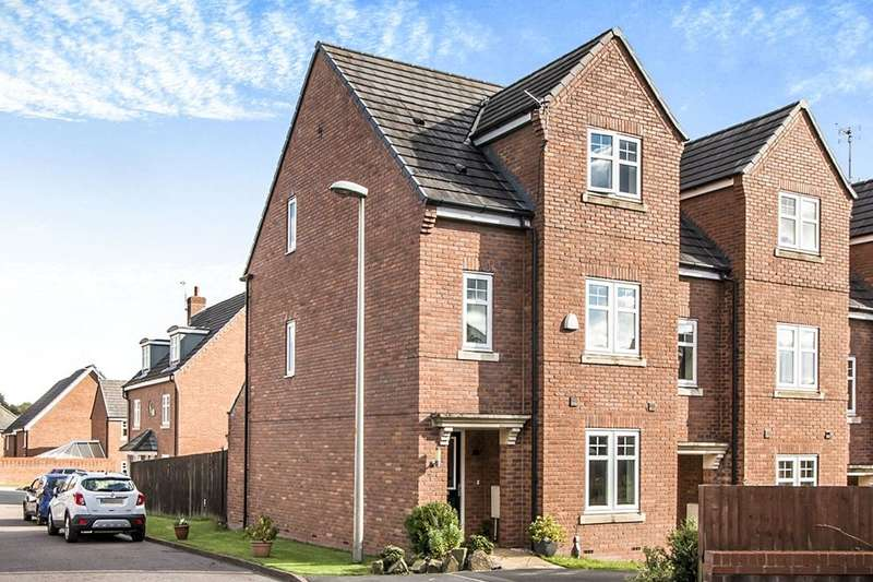4 Bedrooms Property for sale in Claybrook Close, Atherton, Manchester, M46