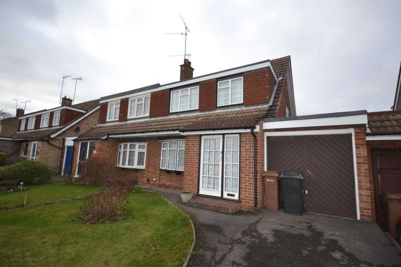 3 Bedrooms Semi Detached House for sale in Roughtons, Galleywood, Chelmsford