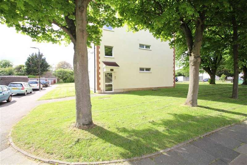 1 Bedroom Flat for sale in Byron Way, Northolt, Middlesex