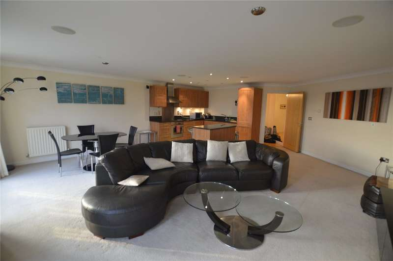 3 Bedrooms Apartment Flat for rent in Blakes Quay, Gas Works Road, Reading, Berkshire, RG1