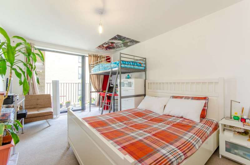 1 Bedroom Flat for sale in New Festival Quarter, Poplar, E14