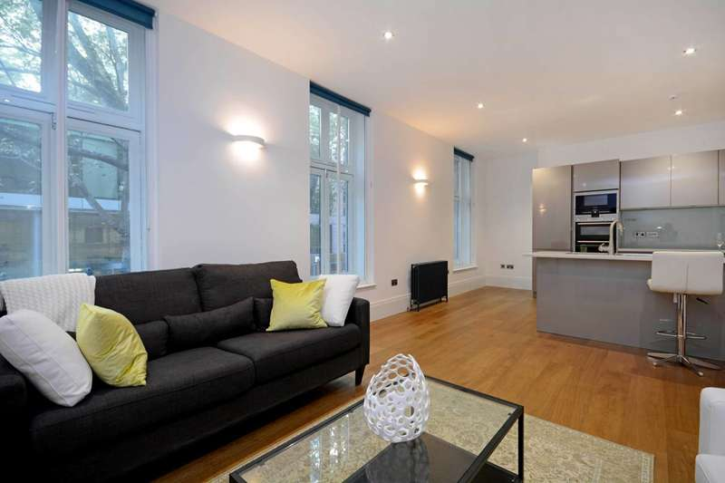 2 Bedrooms Flat for sale in Shaftesbury Avenue, Covent Garden, WC2H