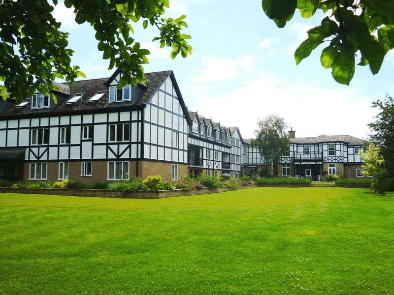 2 Bedrooms Retirement Property for sale in The Chestnuts, Huntingdon, PE29 2LL