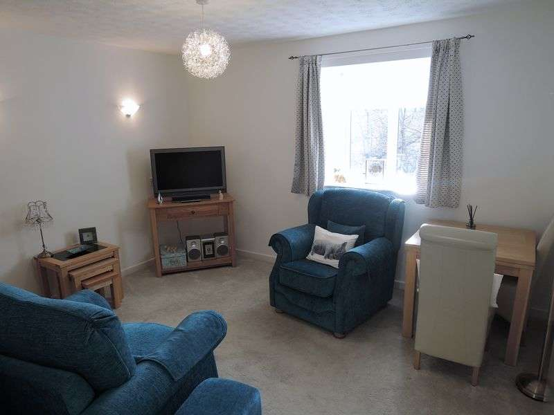 1 Bedroom Retirement Property for sale in Guardian Lodge, Gatley