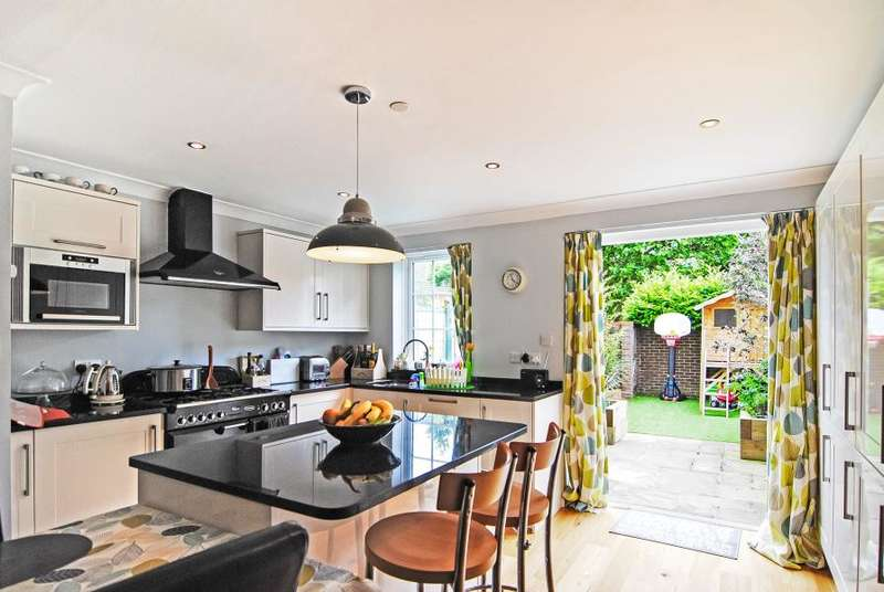 4 Bedrooms House for sale in Gainsborough Road, Richmond, TW9