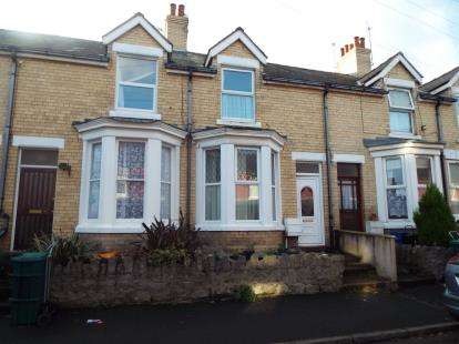 2 Bedrooms Terraced House for sale in Victor Road, Colwyn Bay, Conwy, LL29