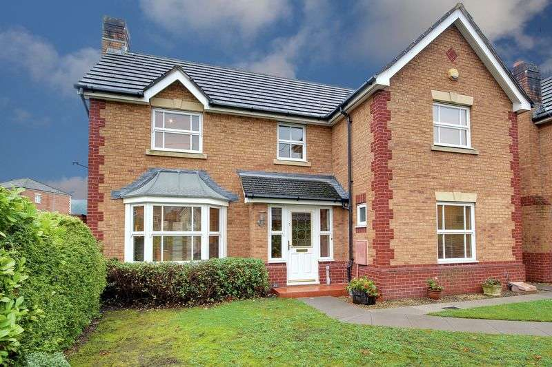 4 Bedrooms Detached House for sale in Laburnum Close, Newport