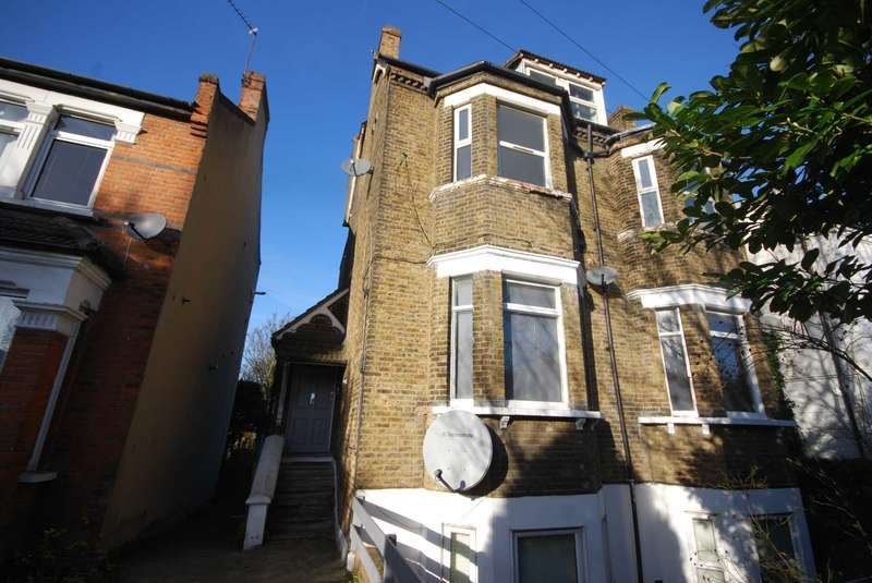 2 Bedrooms Flat for sale in Kingswood Road, Leytonstone