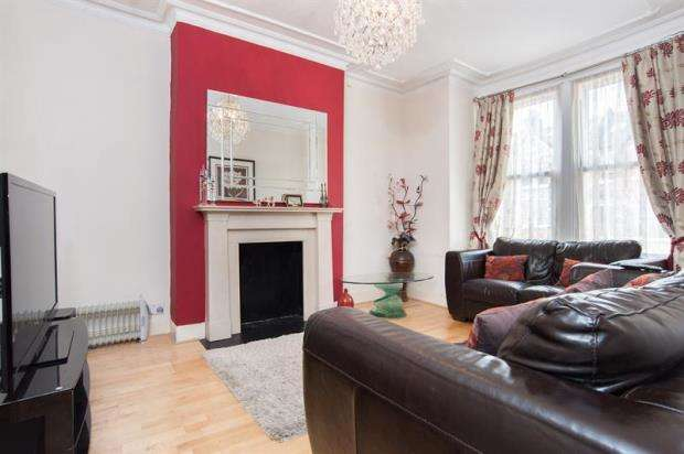 4 Bedrooms Terraced House for sale in Adelaide Grove, Shepherds Bush, W12