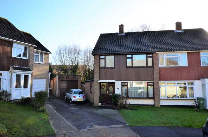 3 Bedrooms Semi Detached House for sale in West Ridge, Billericay