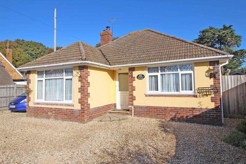 2 Bedrooms Detached Bungalow for sale in Everton Road, Hordle, Lymington