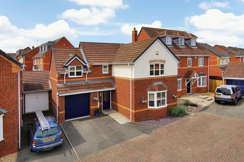4 Bedrooms Detached House for sale in Lancers Drive off Horseguards Way, Melton Mowbray