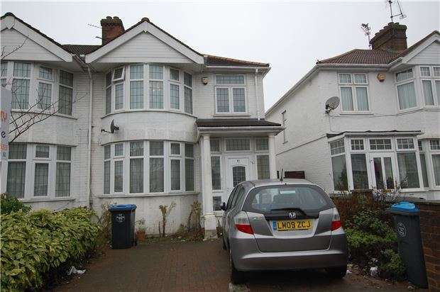 3 Bedrooms Semi Detached House for sale in Berkeley Road, LONDON, NW9 9DJ