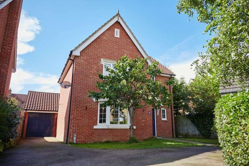 3 Bedrooms Detached House for sale in Century Way, Norwich