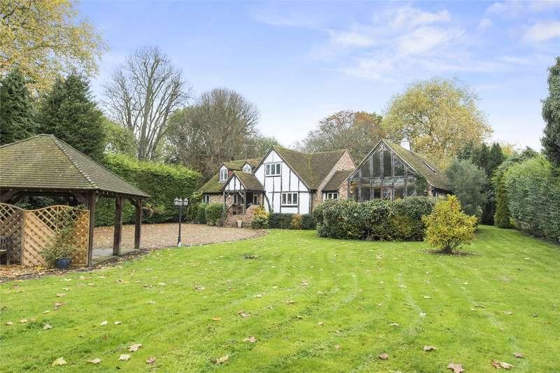 5 Bedrooms Detached House for sale in Walton Lane, Weybridge, Surrey, KT13