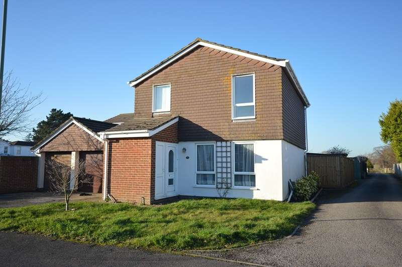 3 Bedrooms Detached House for sale in Cowley Road, Lymington