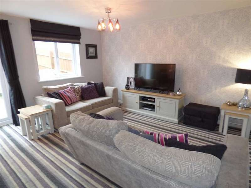 3 Bedrooms Property for sale in Adam Street, Heywood, Lancashire, OL10
