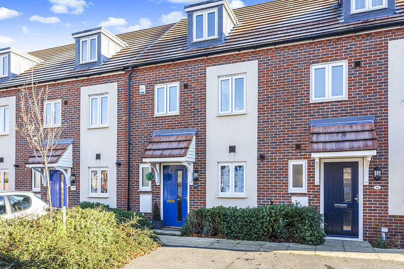 3 Bedrooms Property for sale in Melrose Close, Maidstone, ME15