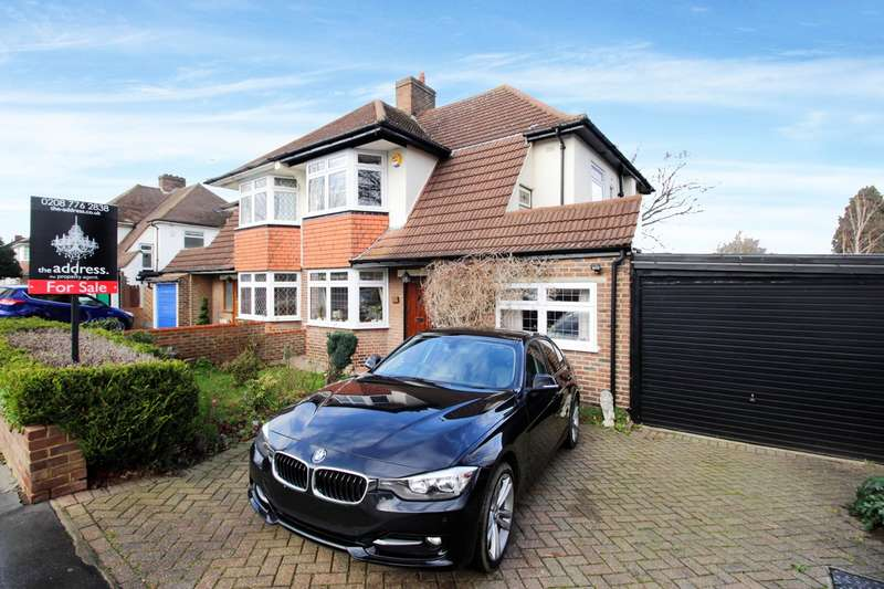 4 Bedrooms Semi Detached House for sale in Shirley Way, Croydon, CR0