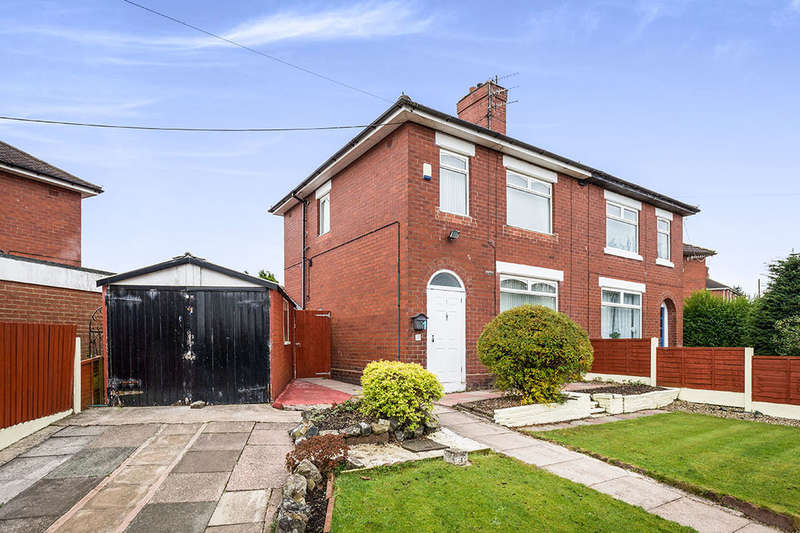 3 Bedrooms Semi Detached House for sale in Kingsmead Road, Meir, Stoke-On-Trent, ST3