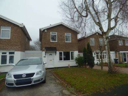 3 Bedrooms Detached House for sale in Briar, Tamworth, Staffordshire