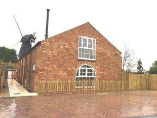2 Bedrooms Semi Detached House for sale in The Old Dairy, Mill Lane, Herne Bay, Kent