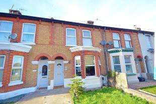 3 Bedrooms Terraced House for sale in Folkestone Road, Dover, Kent