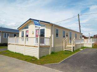 2 Bedrooms Mobile Home for sale in Alberta Holiday Park, Faversham Road, Seasalter, Whitstable