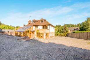 4 Bedrooms Detached House for sale in The Quarries, Boughton Monchelsea, Maidstone, Kent