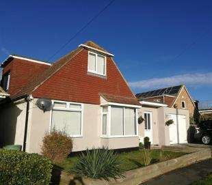 4 Bedrooms Detached House for sale in Wellington Road, Peacehaven, East Sussex, .