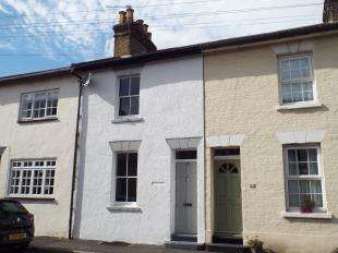 3 Bedrooms Terraced House for sale in Langdon Road, Rochester, Kent