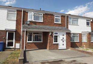 3 Bedrooms Terraced House for sale in East Hall Lane, Sittingbourne, Kent