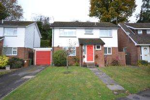 4 Bedrooms Detached House for sale in Batchelors, Pembury, Tunbridge Wells, Kent