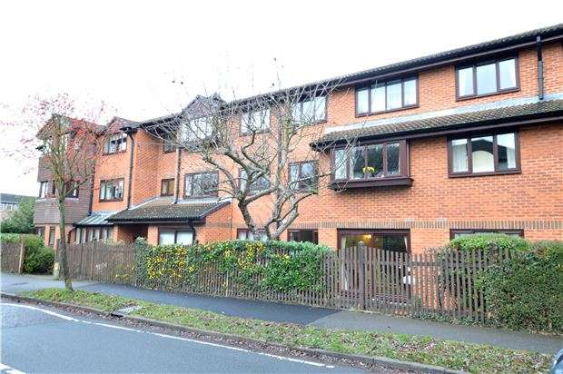 1 Bedroom Flat for sale in Brook Court, Wordsworth Drive, SUTTON, Surrey, SM3 8HH