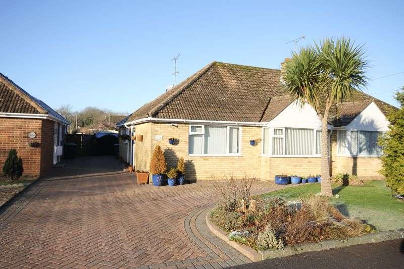 2 Bedrooms Semi Detached Bungalow for sale in Potters Lane, Burgess Hill, West Sussex