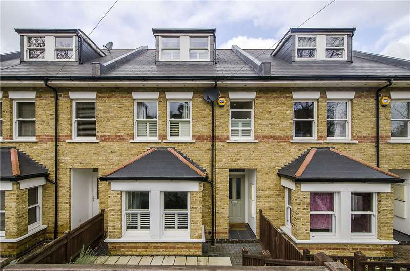 4 Bedrooms Terraced House for sale in Donkey Alley, London, SE22