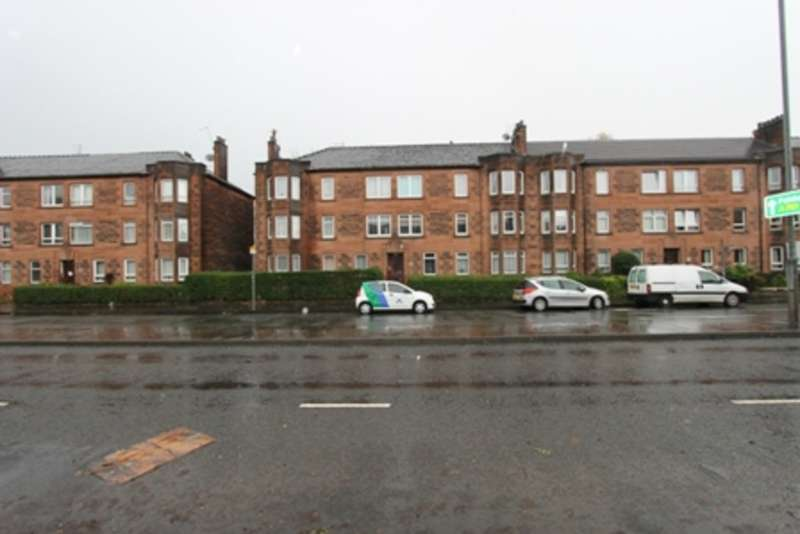 3 Bedrooms Flat for rent in Paisley Road West, Craigton, Glasgow
