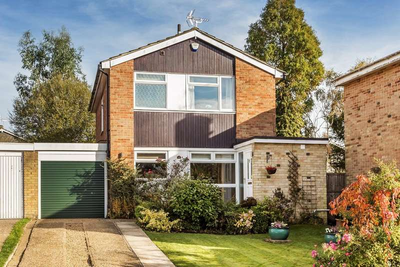 3 Bedrooms Detached House for sale in Hazelwood Road, Hurst Green.